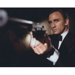 Daniel Craig Signed 8 x 10 Photo - 007 James Bond Autograph