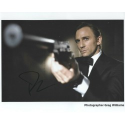 Daniel Craig Signed 8 x 10 Photo 1 James Bond 007 Autograph