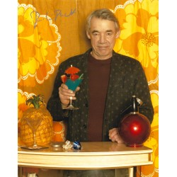 Roger Lloyd Pack Signed 10x8 Only Fools and Horses Photograph
