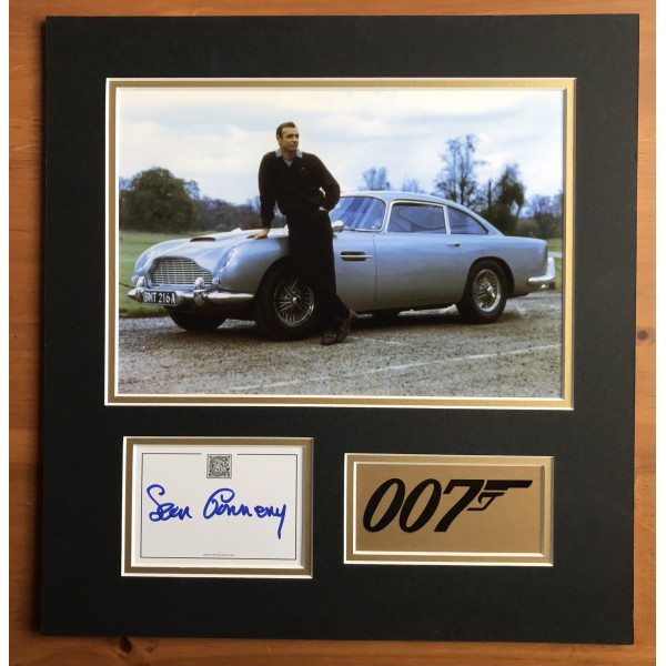 Sean Connery Signed 007 James Bond Display 2