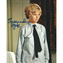 Susannah York Signed 8 x 10 Photo - The Battle of Britain