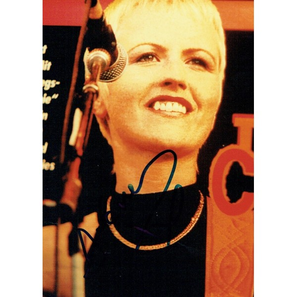 Dolores O'Riordan  genuine authentic signed autograph signatures