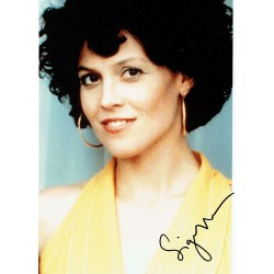 Sigourney Weaver  genuine authentic signed autographs